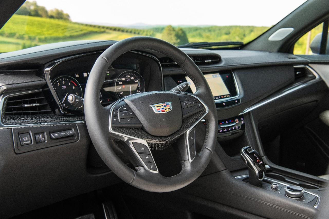 Cadillac XT5 2020 interior