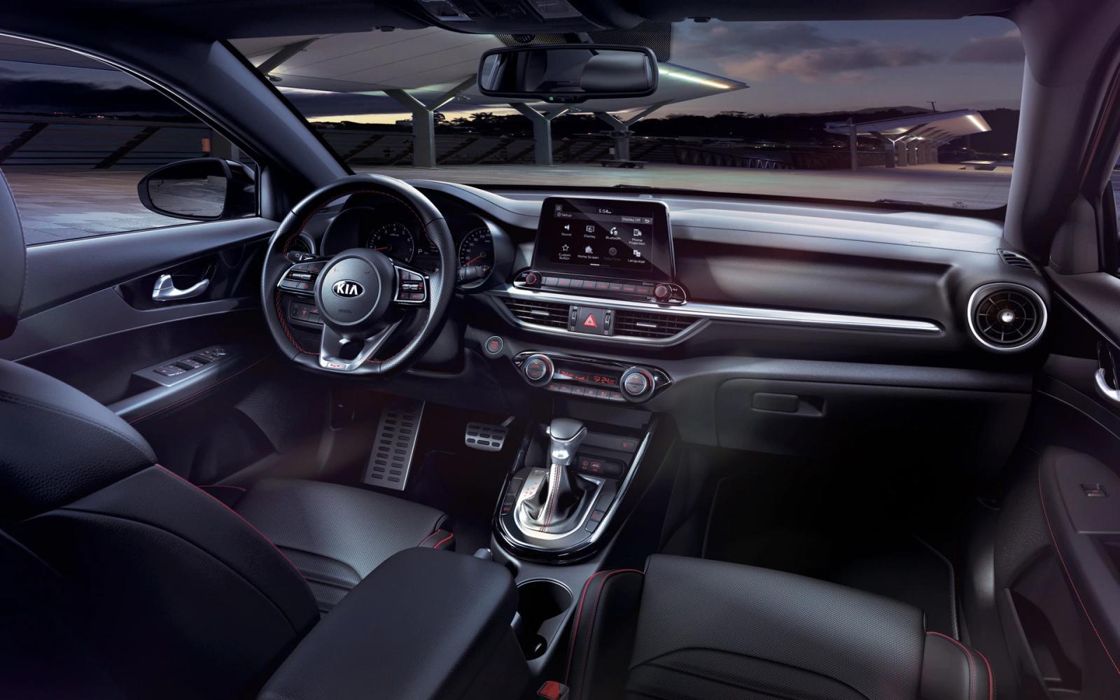 El interior del Kia Forte 2020 precio en México destaca por su funcionalidad, pero también por su estilo moderno y vanguardista