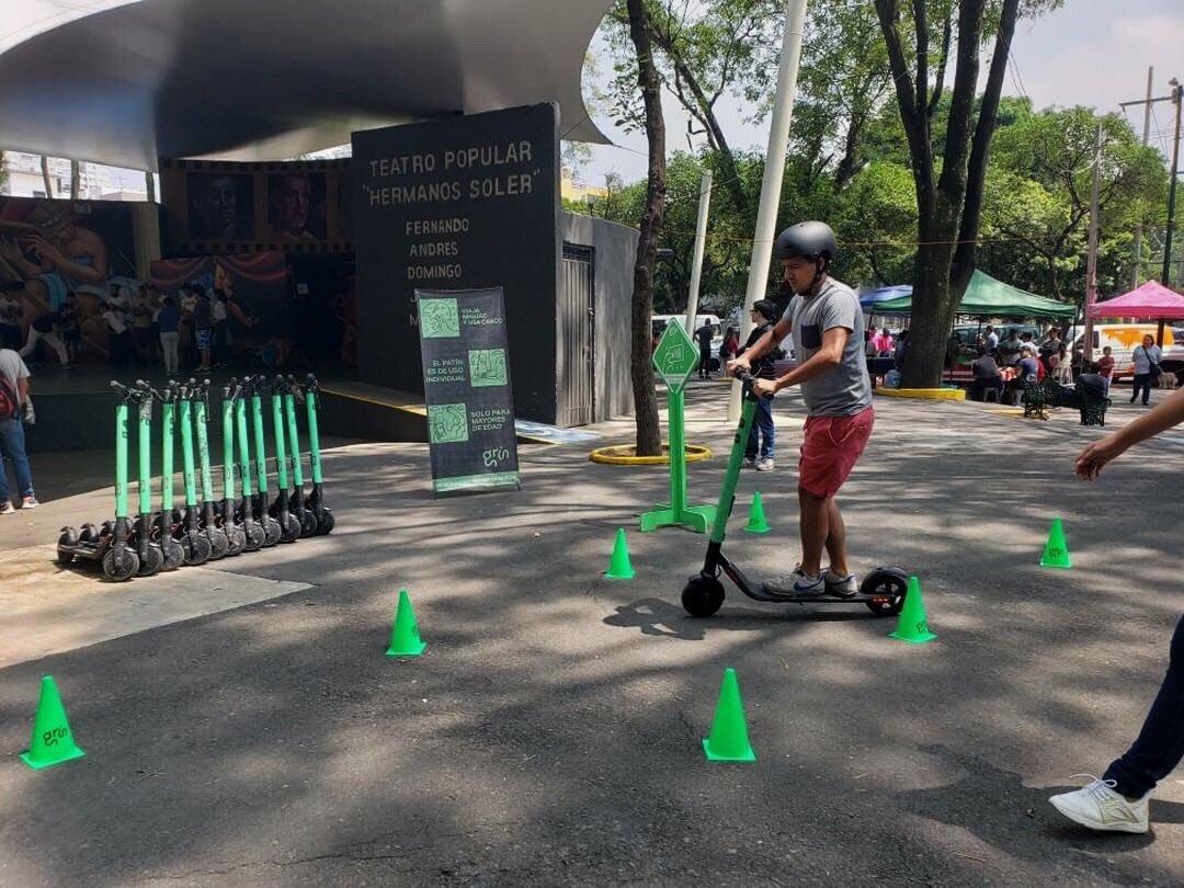 El robo de los scooters es uno de los principales desafíos en la capital