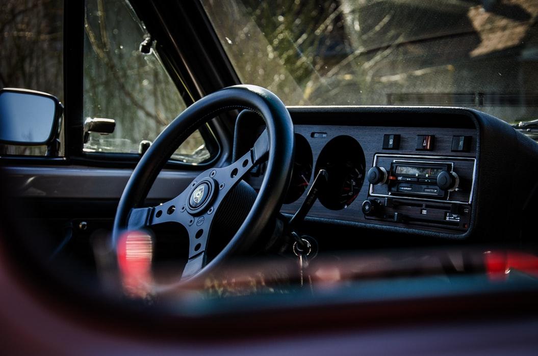 Los autos antiguos son más fáciles de abrir en estas situaciones