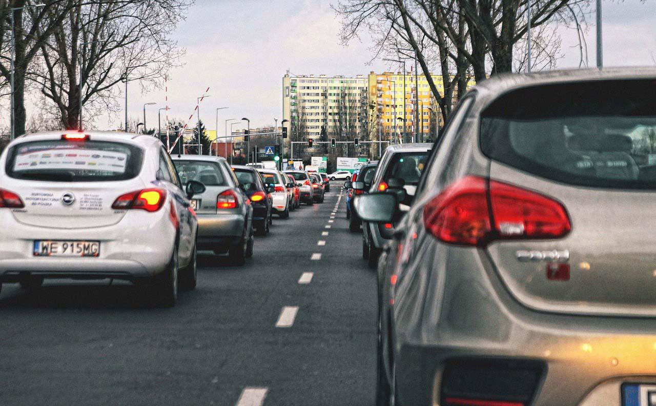Los delincuentes usan el tráfico para asaltar
