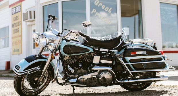 La Harley Davidson FLH 1200 Electra Glide 1976 fue la última motocicleta que compró el llamado Rey del Rock & Roll