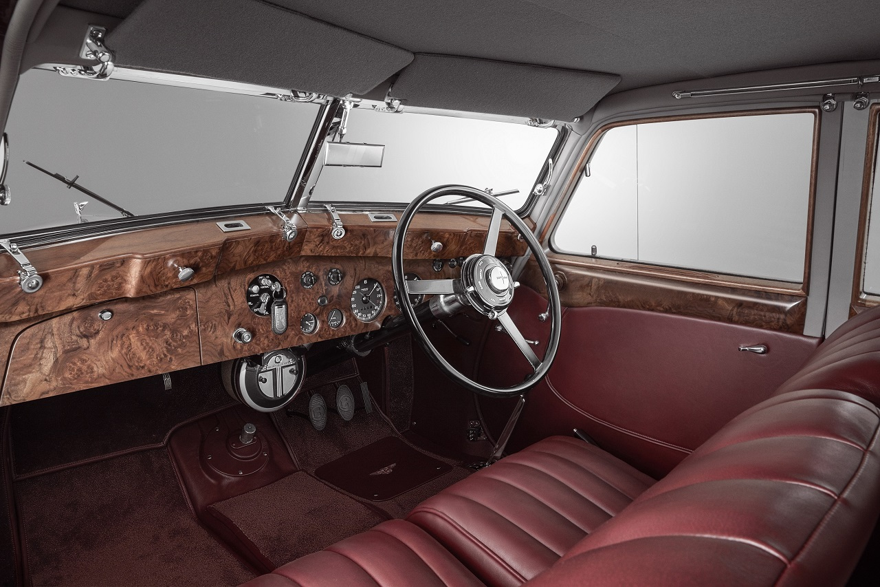 Mulliner recrea al desafortunado Bentley Corniche de 1939