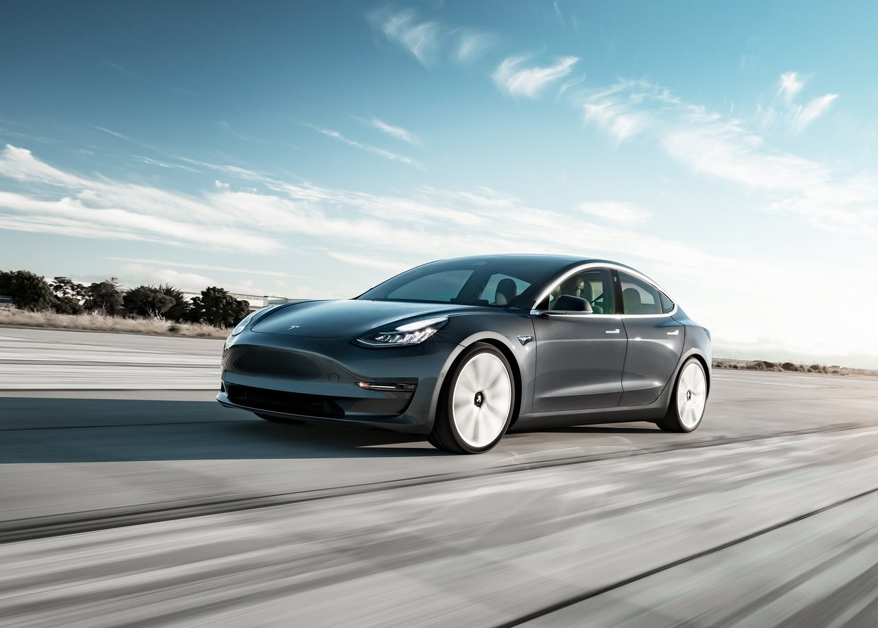 Tesla Model 3 Performance 2019 resena ventajas desventajas
