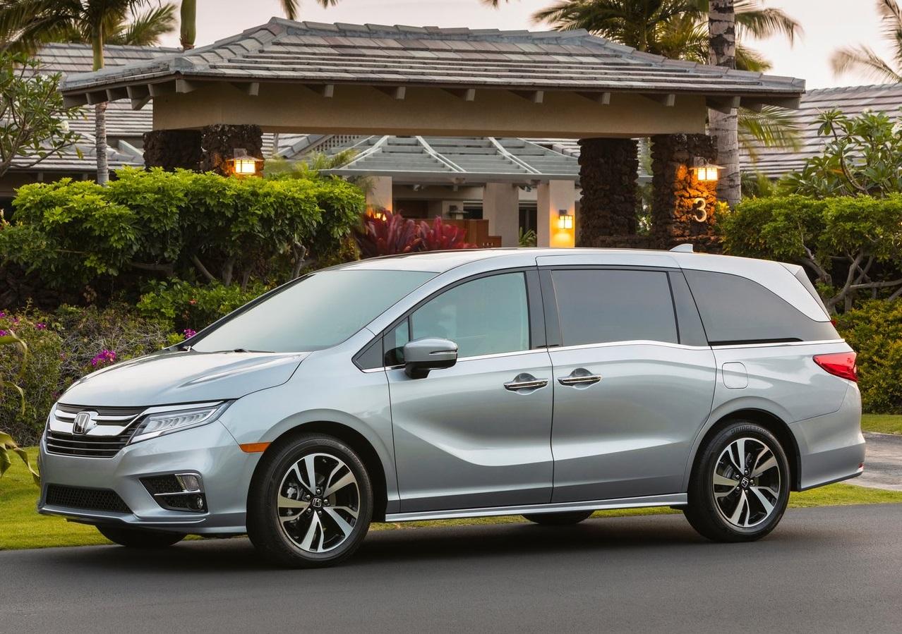 Las minivans van en picada, pero están lejos de desaparecer