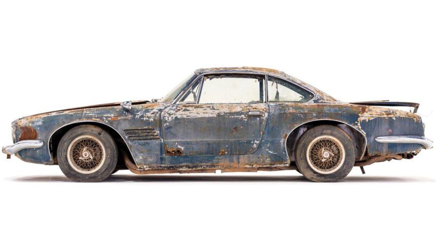 El Maserati 5000 GT tiene una gran historia detrás después de haber estado abandonado por varios años en la intemperie