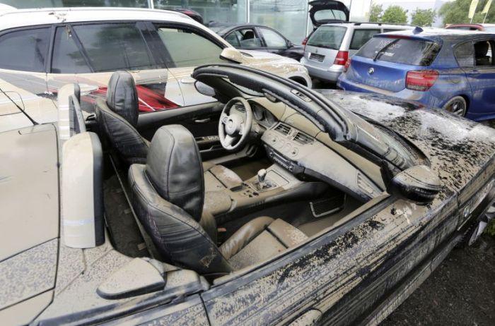 7 señales para saber si el auto que vas a comprar estuvo inundado