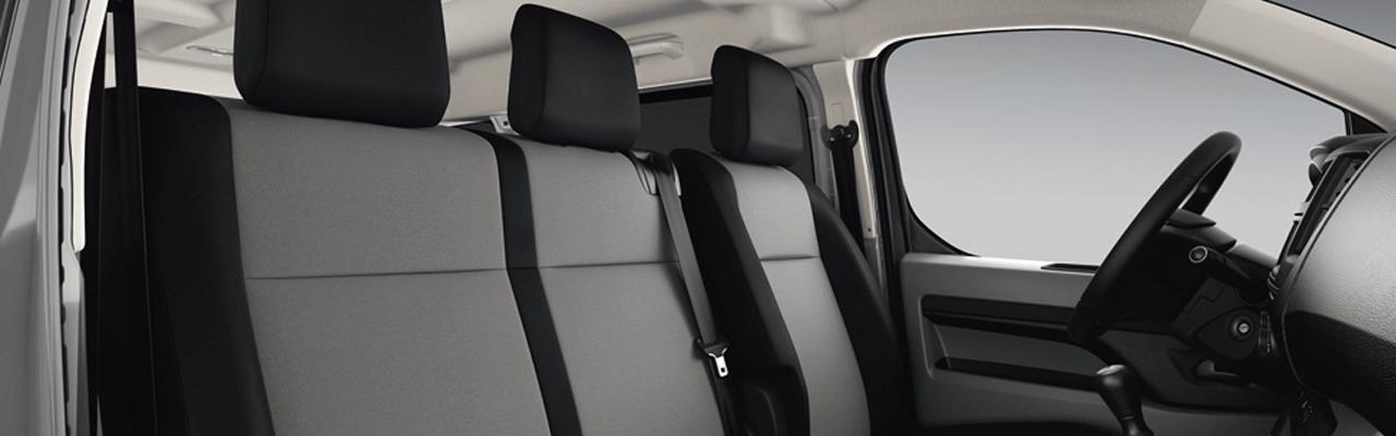 La Peugeot Expert 2020 precio en México tiene una oferta tecnológica muy acotada