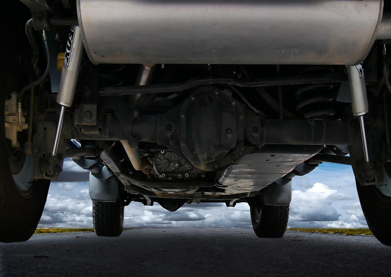 Parte inferior del coche