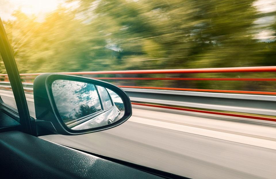Cómo conducir cuando hay vientos fuertes