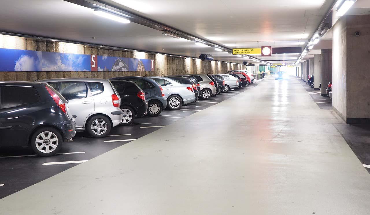 Aplicacion para estacionamiento: estacionamiento de las plazas comerciales