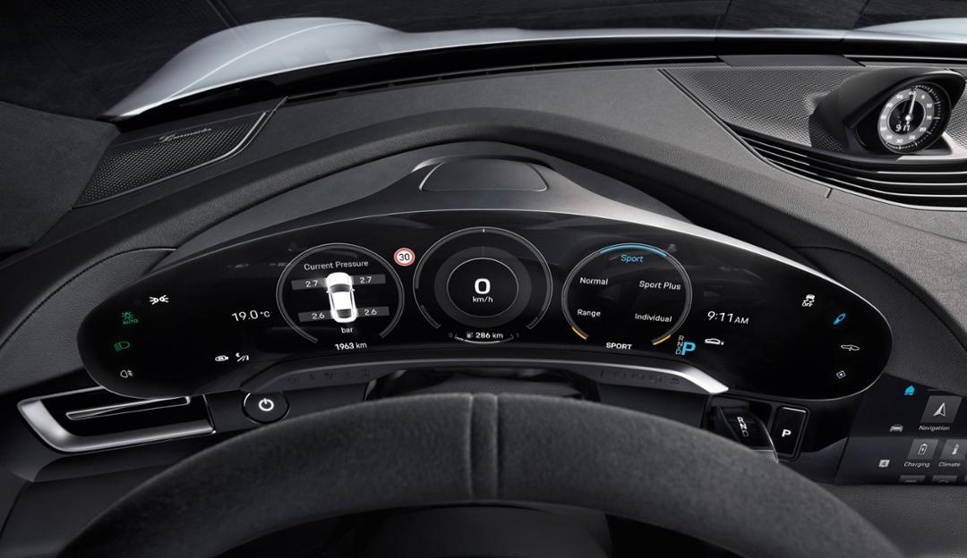 Porsche Taycan instrumentos