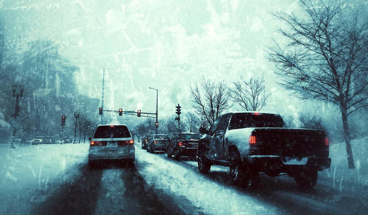 Manejar con frío extremo puede hacernos errrar en la conducción