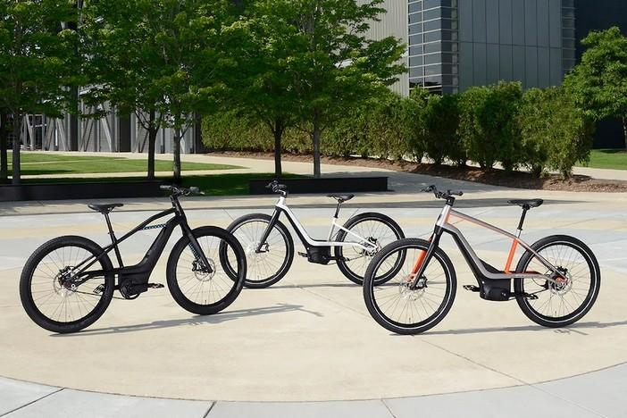 Harley-Davidson difundió una imagen donde se pueden apreciar los 3 prototipos