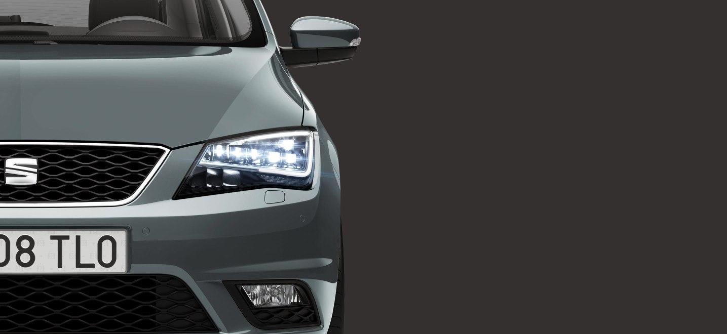 La apariencia del SEAT Toledo Xcellence 2019 es conservadora, pero tiene rasgos que le da un toque moderno y tecnológico