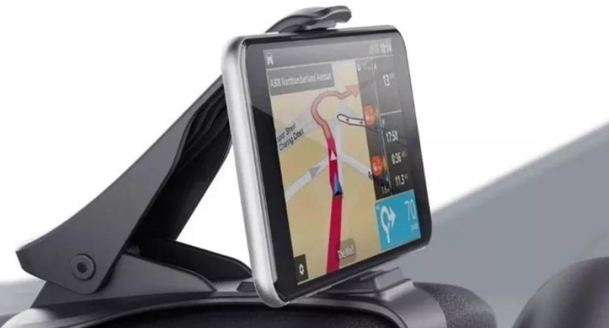 Los soportes de celular con pinza para el tablero deben probarse antes de la compra, a fin de corroborar que sean compatibles con nuestro auto