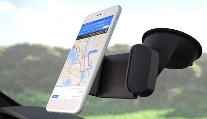Los soportes de celular para auto con sistema de presión son una alternativa si no confiamos en los magnéticos