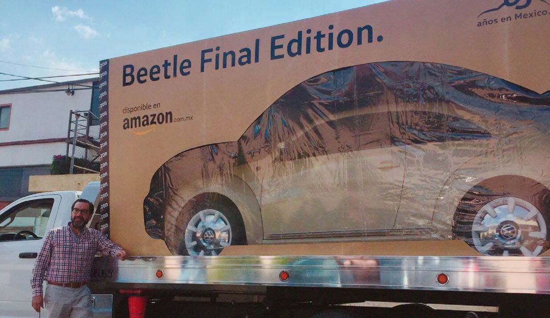 La imagen del Beetle entregado en una enorme caja se hizo viral