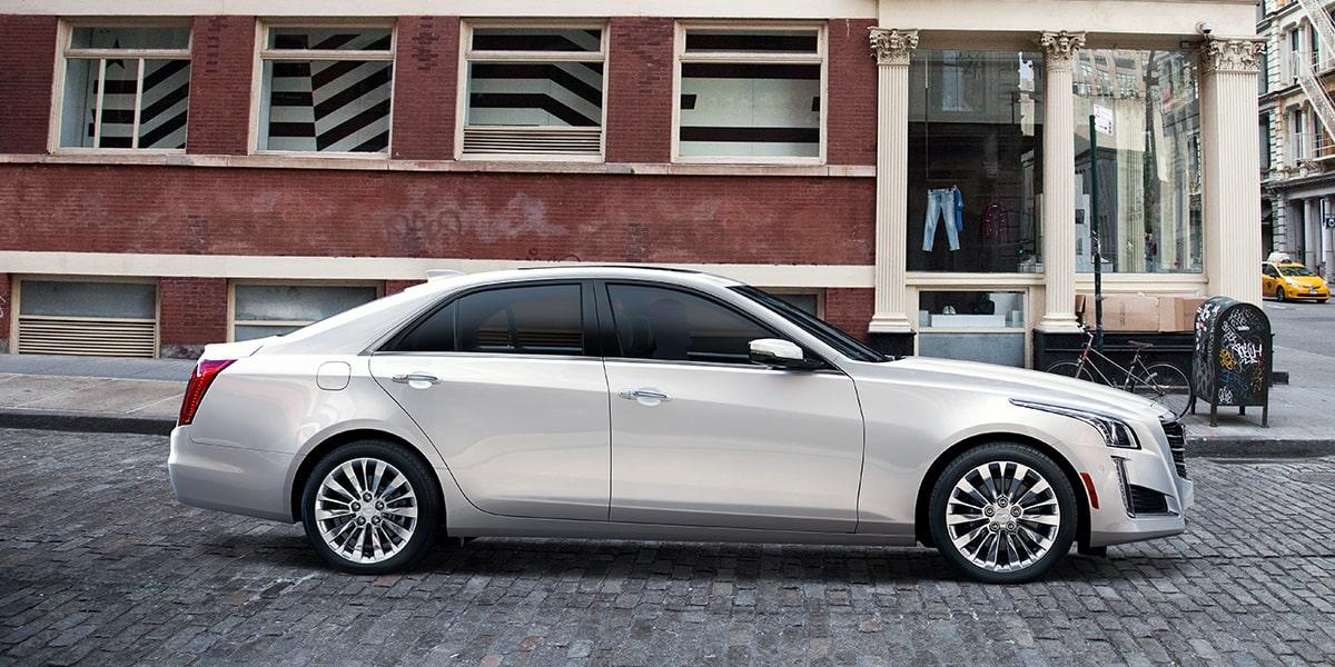El Cadillac CTS Premium 2019 tiene detalles estéticos propios de un auto de lujo
