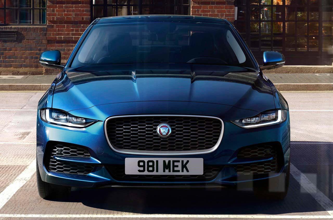 Jaguar le dio un 'facelift' al sedán Jaguar XE 2020 precio en México más pequeño de su gama