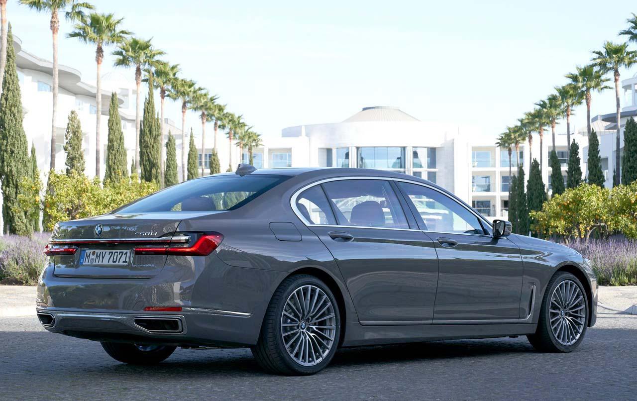 La parte trasera del nuevo BMW Serie 7 2020 precio en México tiene algunos cambios