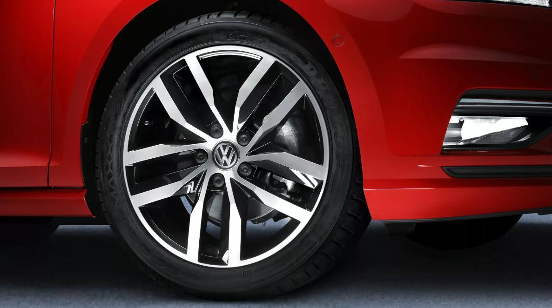 El manejo del Volkswagen Golf Highline 2019 genera confianza desde el principio