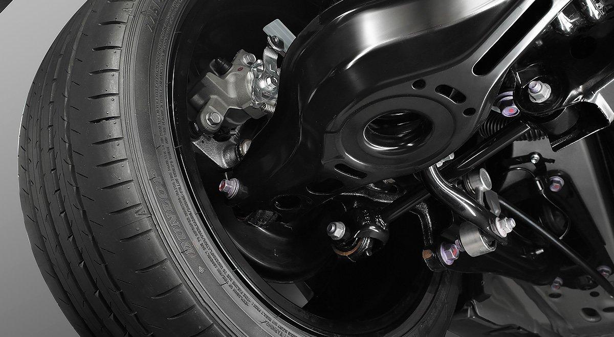 Los frenos de un auto híbrido sufren menos desgaste
