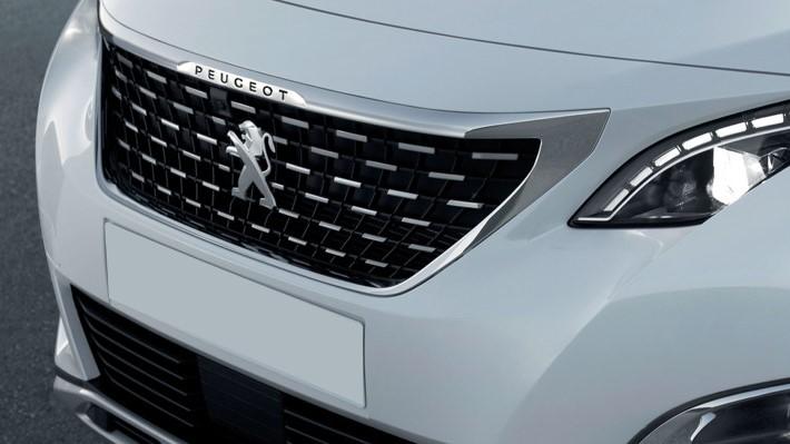 La Peugeot 3008 GT Line 2020 tiene detalles estéticos que le dan un toque muy elegante y futurista