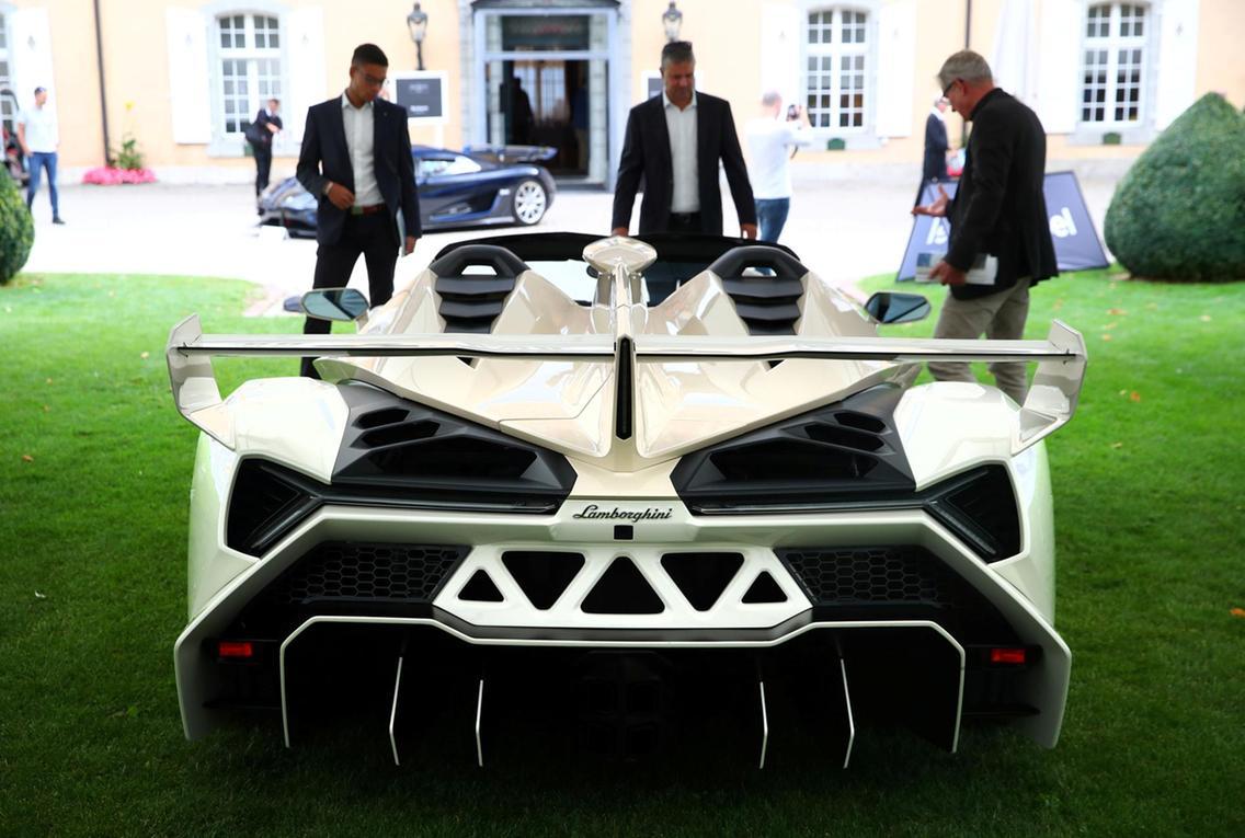 Lamborghini Veneno Roadster 2014
