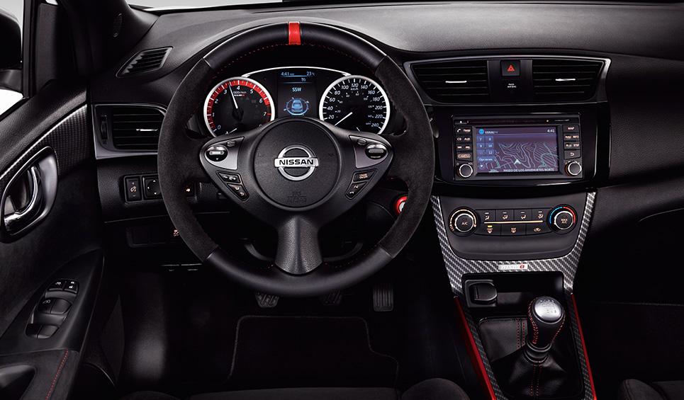 El Nissan Sentra Nismo 2019 tiene amplio margen de mejora en la conducción deportiva