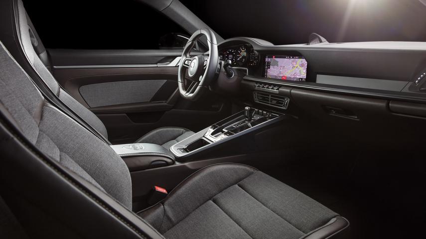 La cabina del Porsche 911 992 de TechArt tiene materiales que generan sensaciones premium