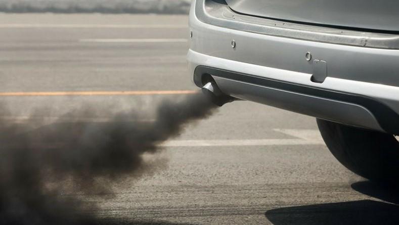 Por naturaleza, este tipo de autos registran emisiones contaminantes porque necesitan quemar combustibles fósiles para funcionar