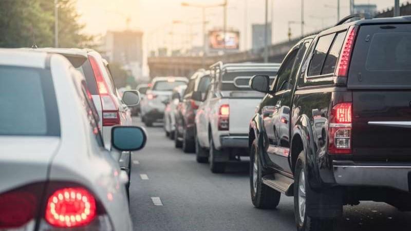 Los coches eléctricos son vistos por algunos como la solución a esta problemática