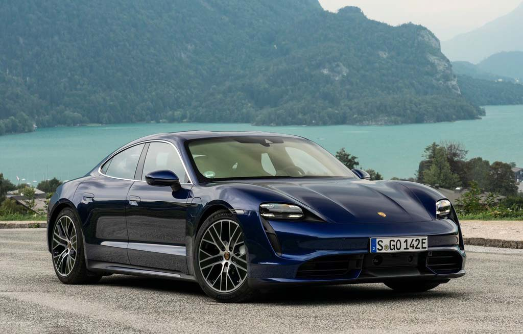 Que es preventa de autos Porsche Taycan 2020 color azul