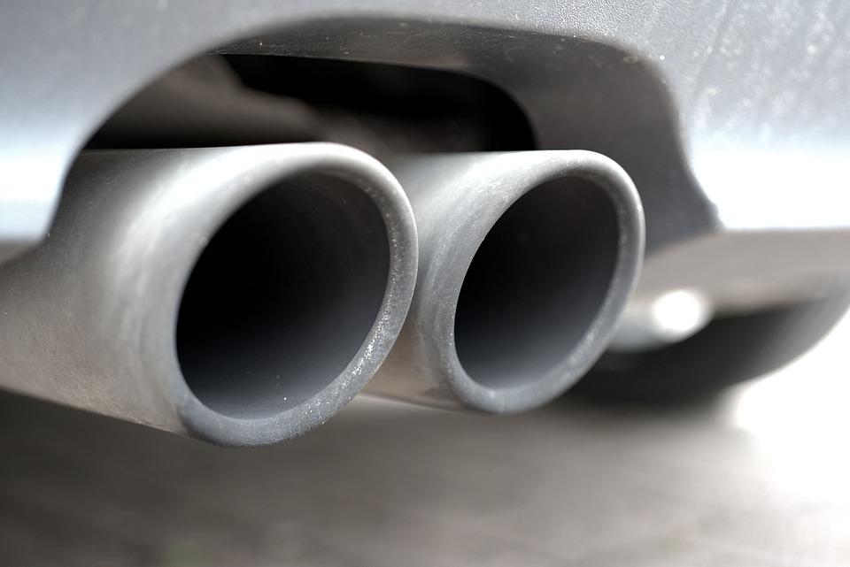 Aceite para motor a diesel tubo de escape