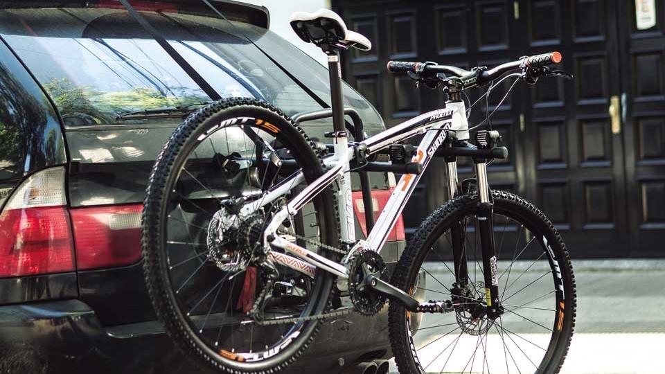 Las estructuras especiales para llevar bicicletas evitarán que se dañe la carrocería