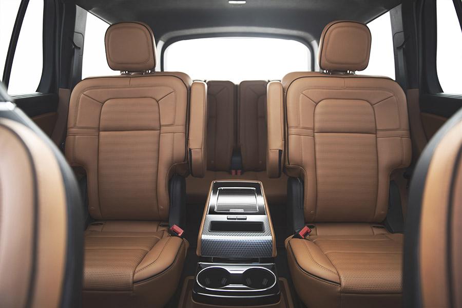 Lincoln-Aviator-asientos