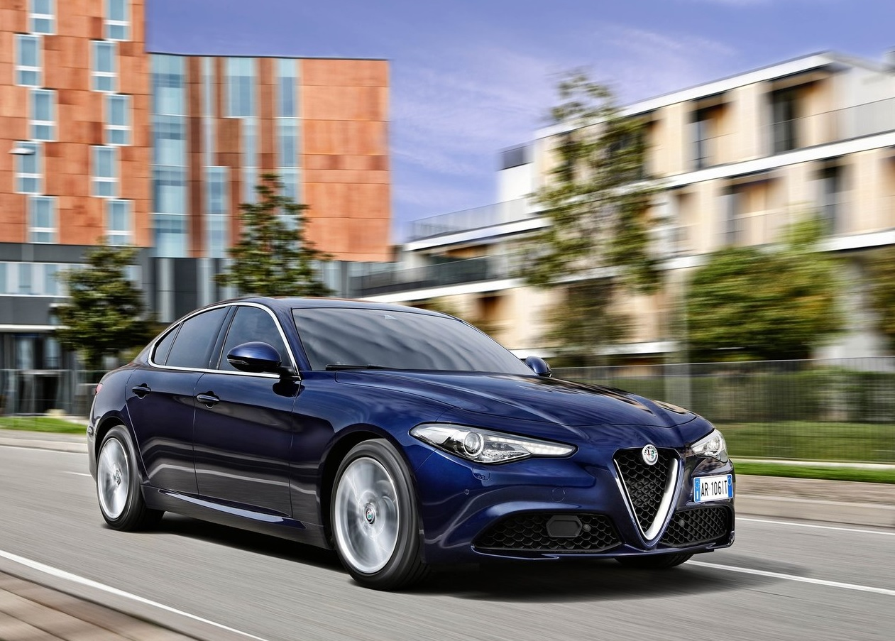 Autos que mas fallan en mexico Alfa Romeo Giulia color azul