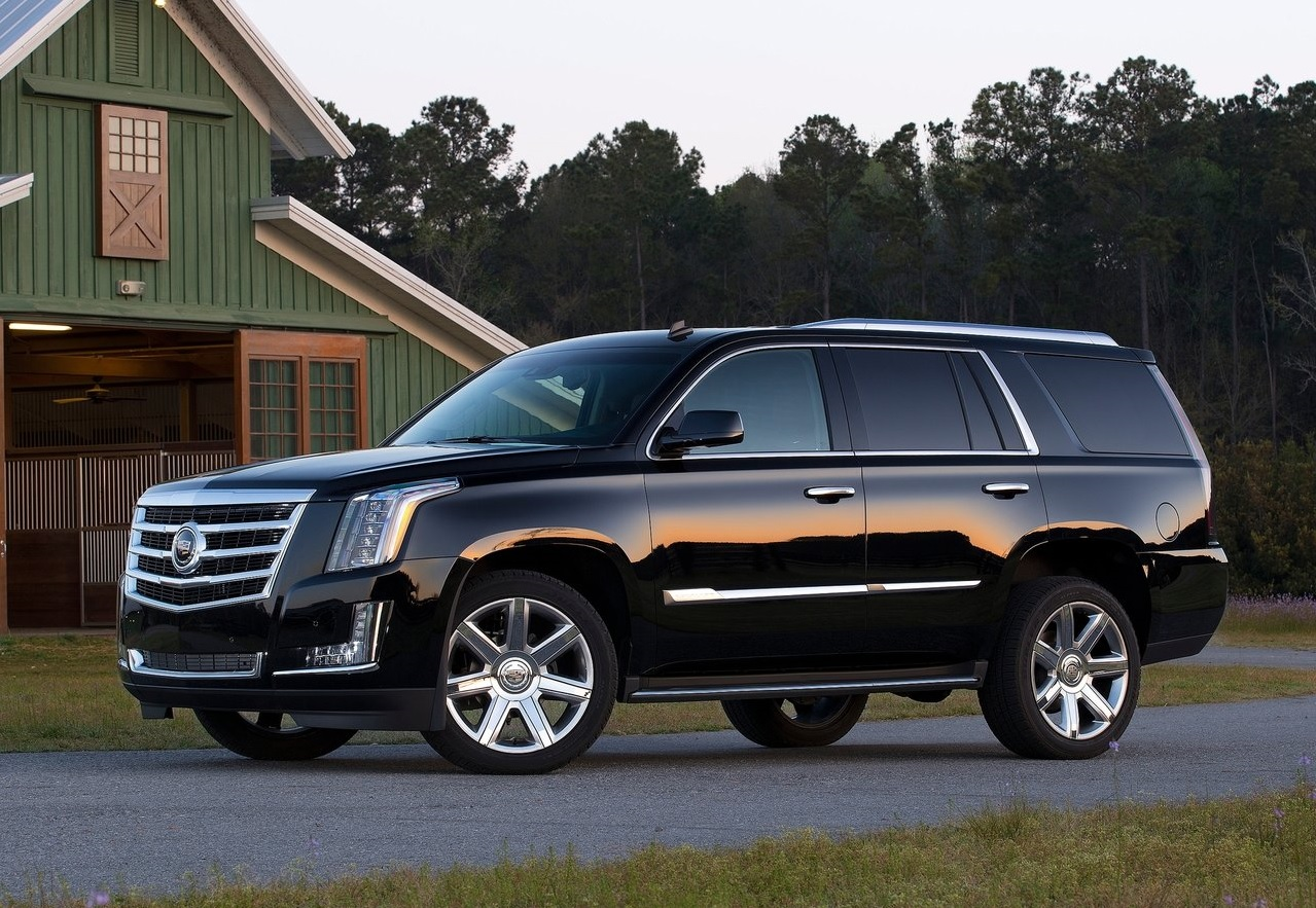 Autos que mas fallan en mexico Cadillac Escalade color negro