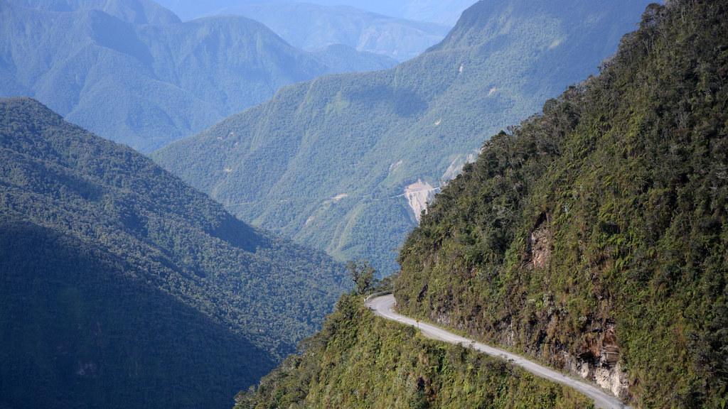 Las carreteras mas peligrosas del mundo Yungas en Bolivia