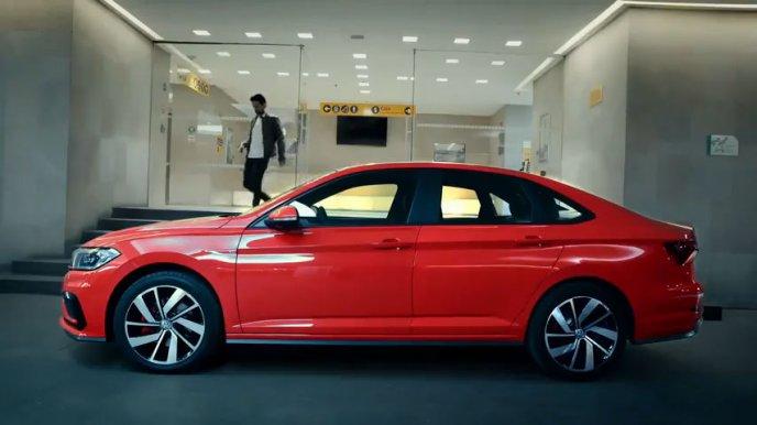 El Volkswagen Jetta GLI 2019 compite con gallardía ante su rival japonés