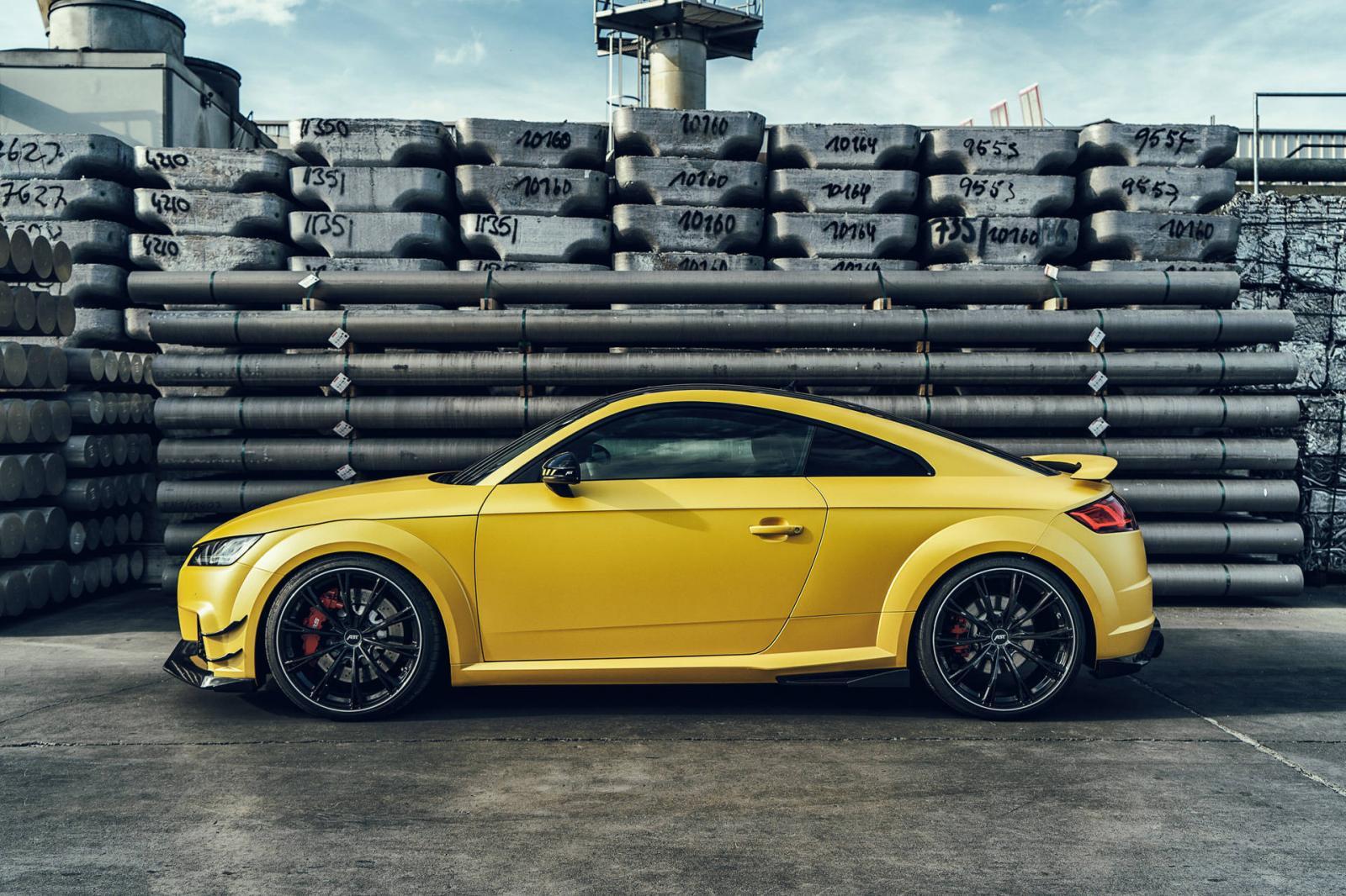 Audi TT RS by Audi
