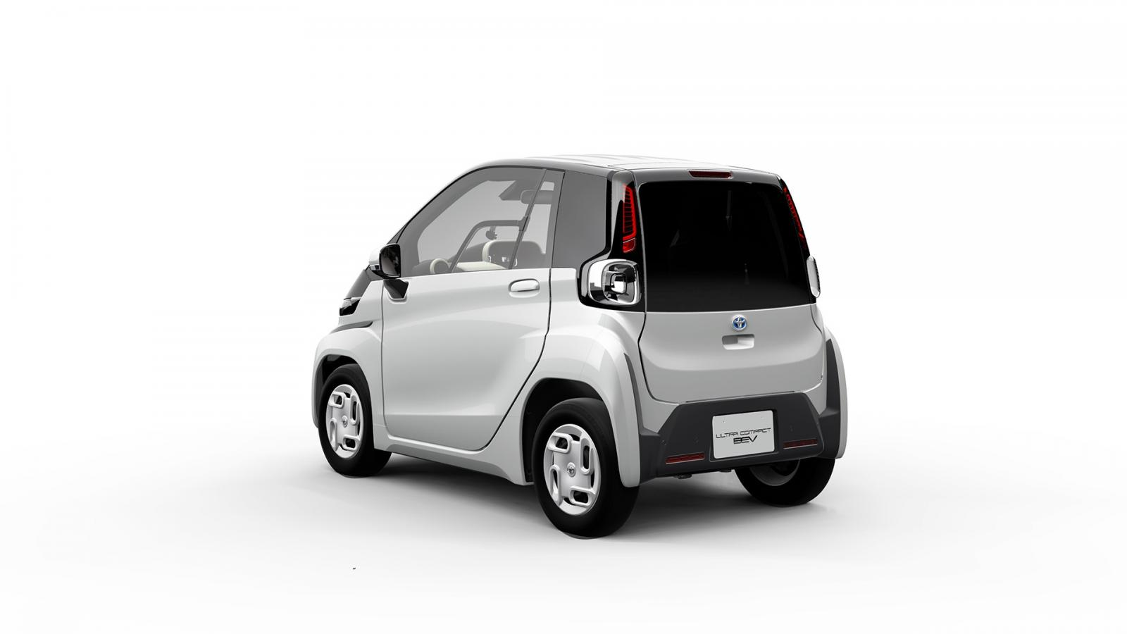 toyota-ultra-compact-bev-trasera