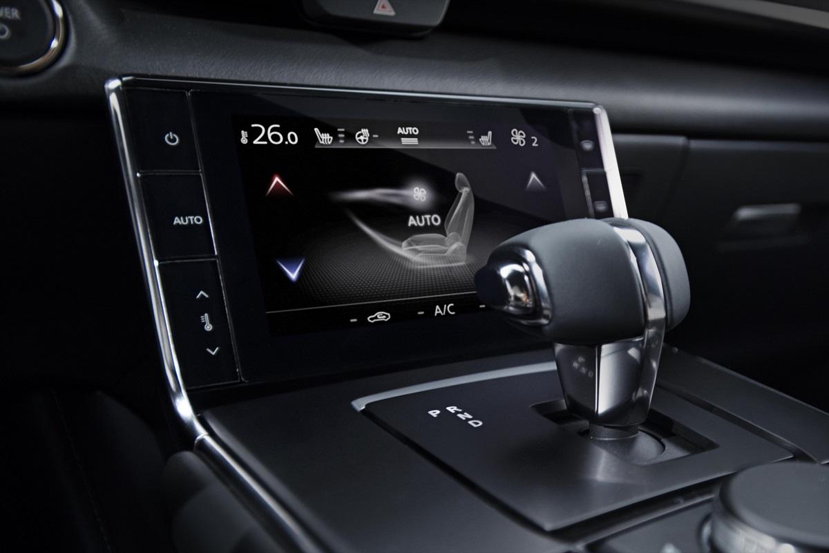 Mazda MX-30 palanca