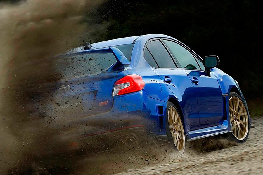 El Subaru WRX STI EJ20 Final Edition  tiene el propulsor 4 cilindros turbo de 2.0 litros