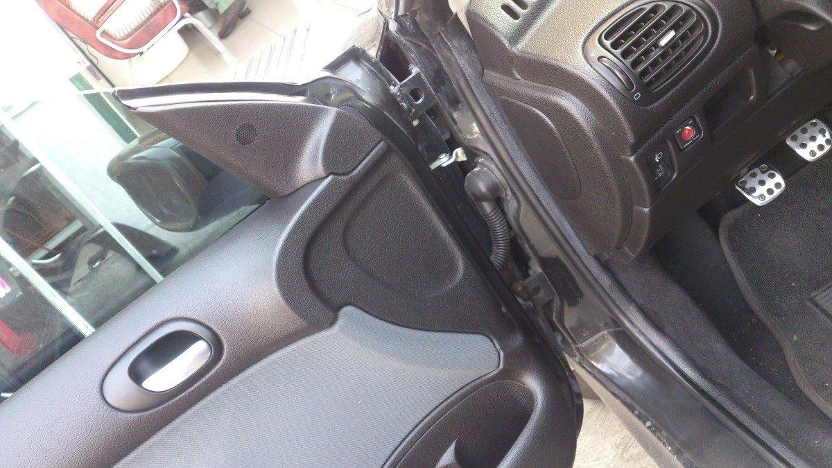 Como alinear puertas de auto