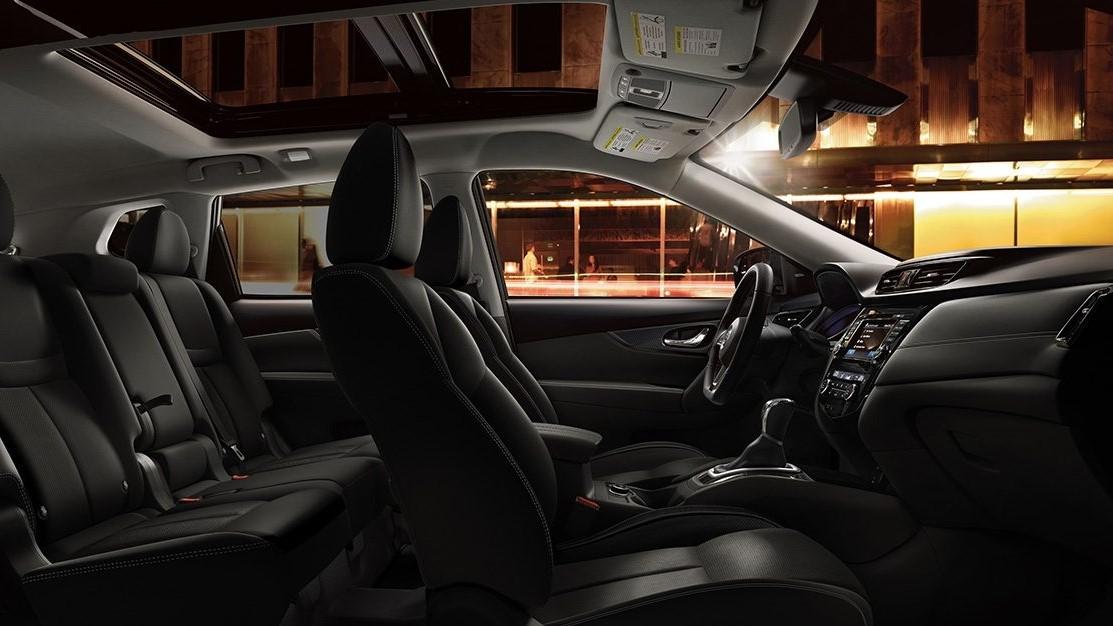 La Nissan X-Trail Exclusive 3 Filas 2020 tiene una cabina que se siente bien ensamblada y con materiales de calidad
