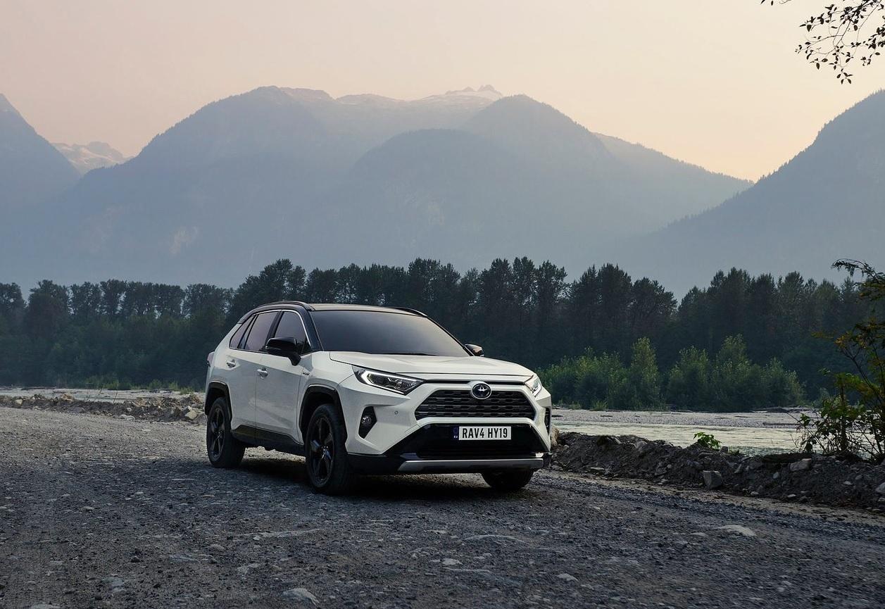 Toyota RAV4 Hybrid 2019 resena ventajas desventajas