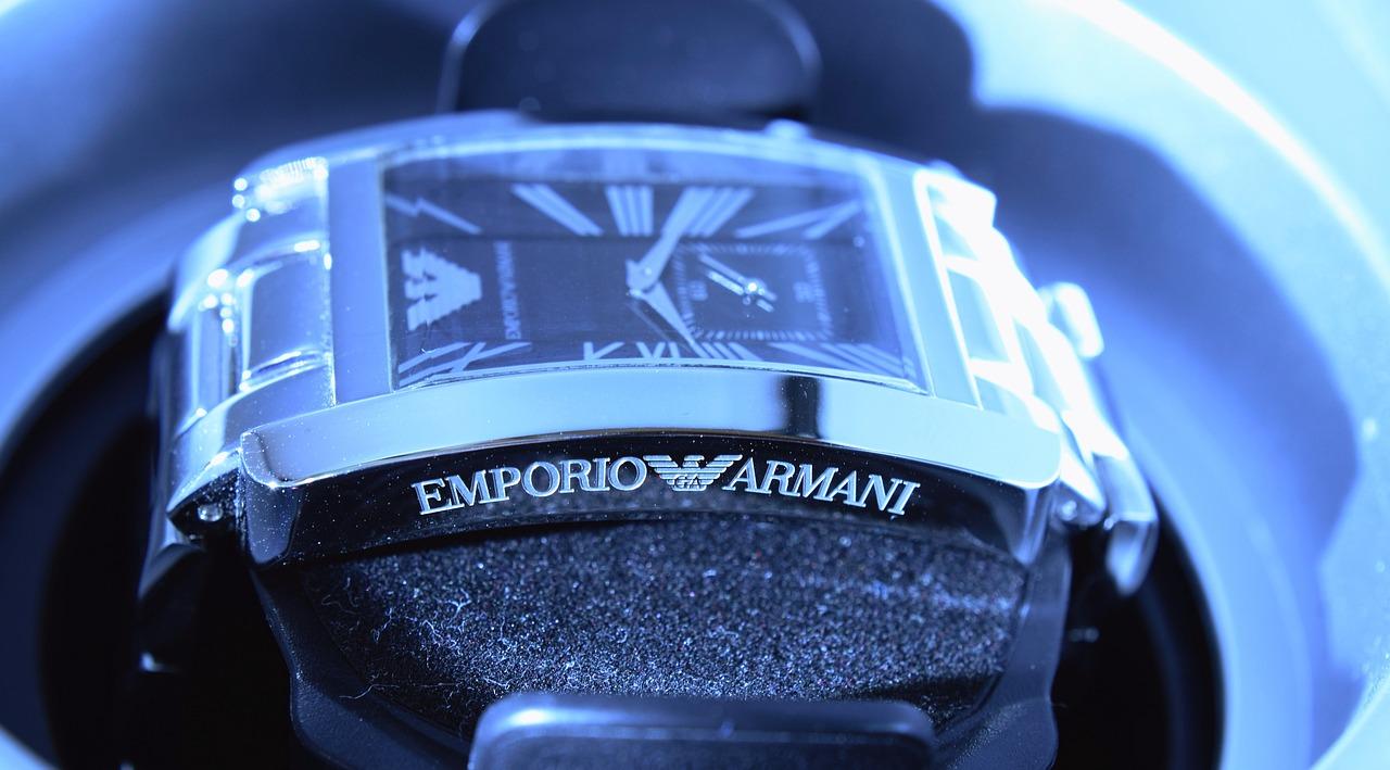 Armani forma parte de la nueva estrategia de merchandising de Ferrari