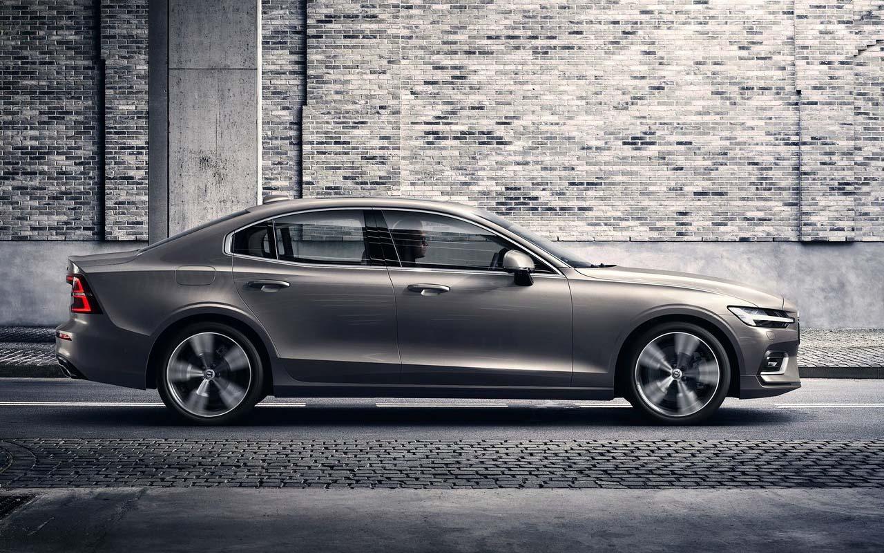El nuevo Volvo S60 Ignite 2020 resena ventajas desventajas que creció 13 centímetros de longitud